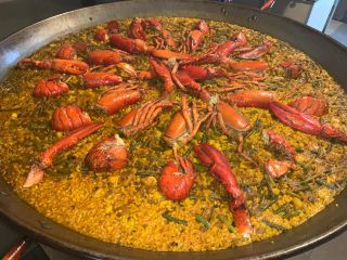Lobster rice dish (risotto or paella style)