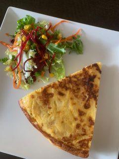 Portion spanish omelette