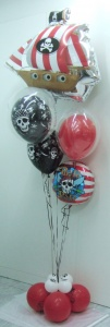 Decoración con globos piratas