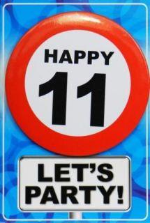 Tarjeta de cumpleaños con chapa happy 11