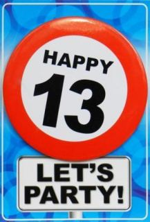 Tarjeta de cumpleaños con chapa happy 13