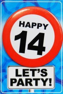 Tarjeta de cumpleaños con chapa happy 14