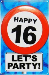 Tarjeta de cumpleaños con chapa happy 16