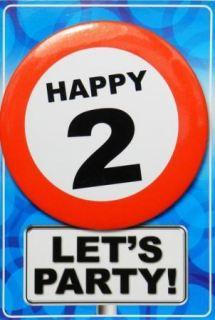 Tarjeta de cumpleaños con chapa happy 2