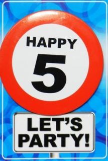 Tarjeta de cumpleaños con chapa happy 5