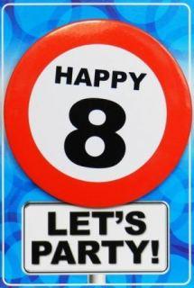 Tarjeta de cumpleaños con chapa happy 8