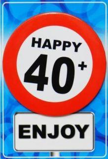 Tarjeta de cumpleaños con chapa happy 40