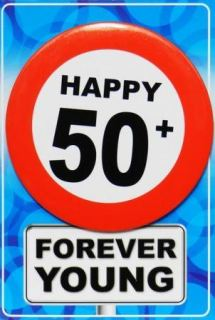 Tarjeta de cumpleaños con chapa happy 50