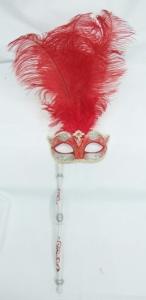 Máscara veneciana con pluma y baston