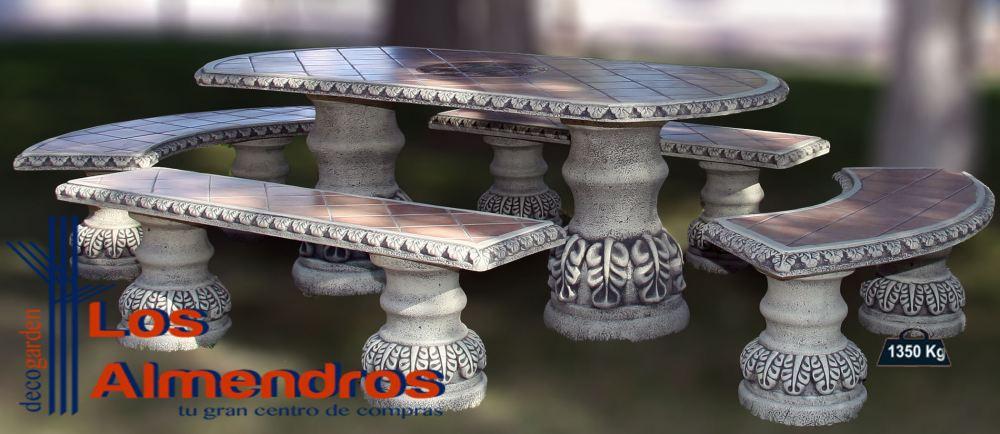 Foto de Comedor Azulejos Ovalado Bizantino