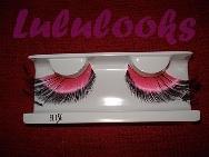 Pestañas rosa con plumas