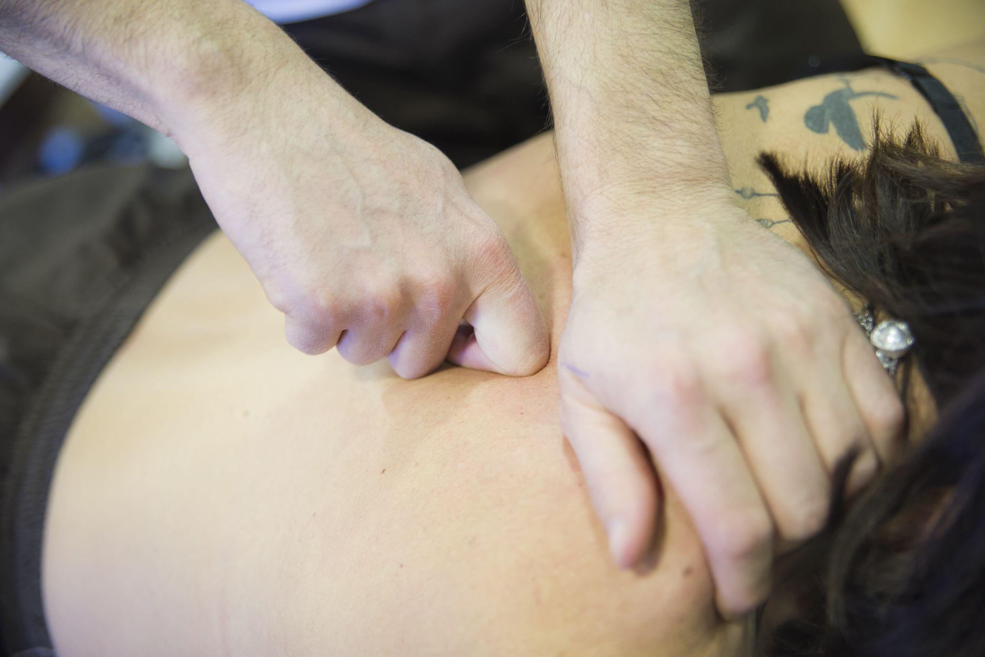 Picture Vídeos de ejercicios de espalda