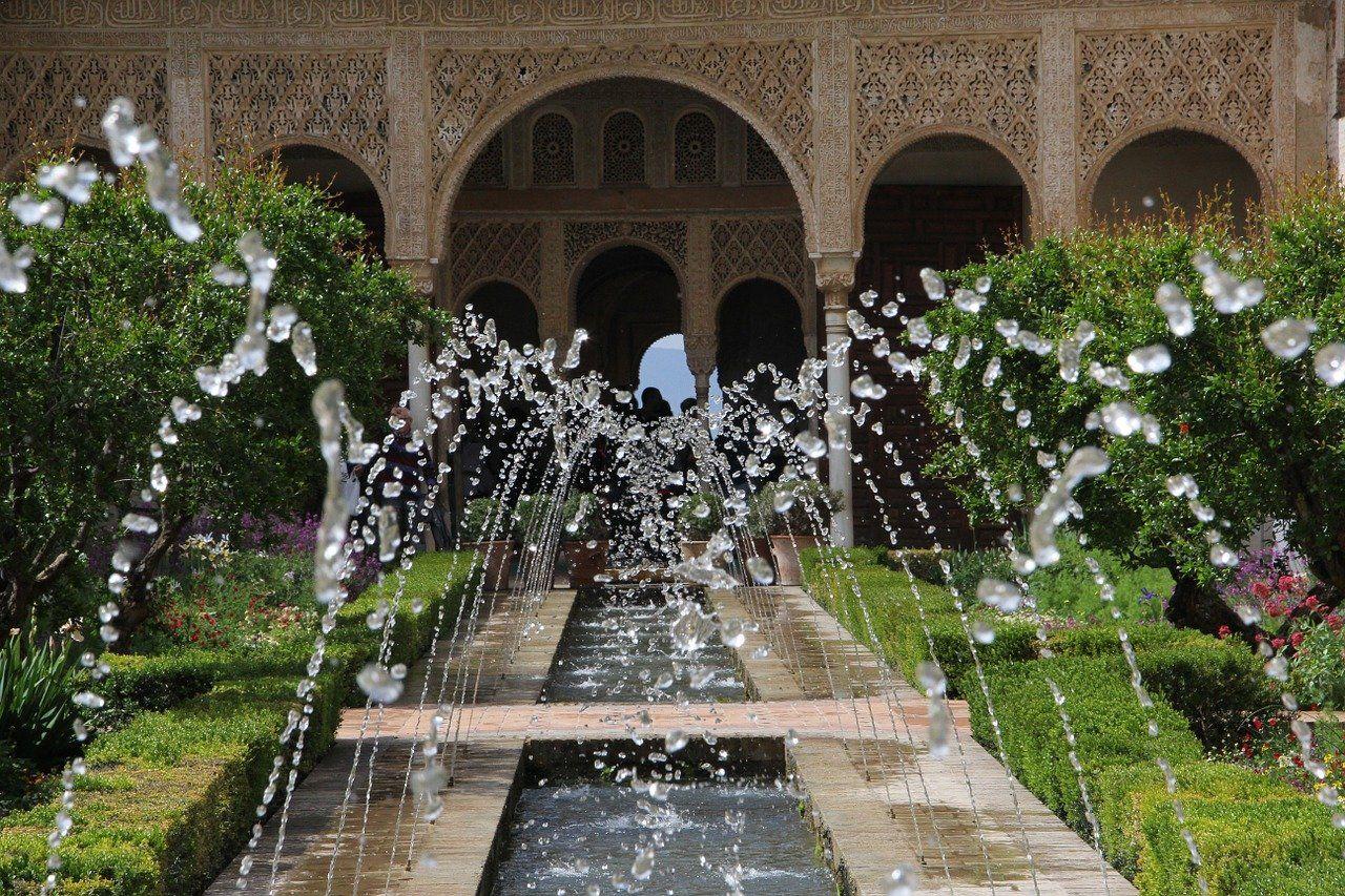 ¿Por qué comprar una fuente de agua para jardín?