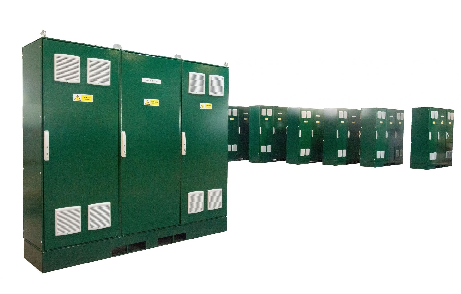 WEG AUTRIAL supplies 800Vac cabinets for a 50MW PV plant in the UK.