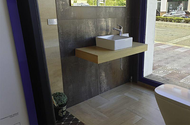 Foto de Muebles de baño, sanitarios, complementos