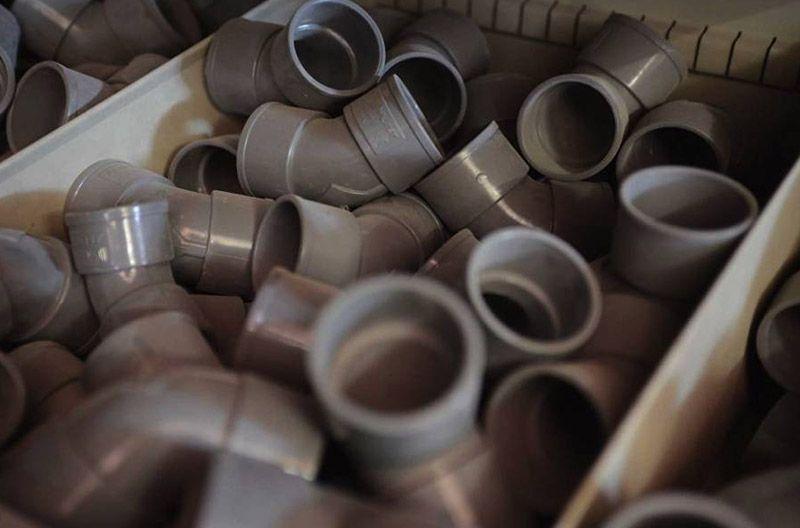 Foto de PVC, tuberías y fosas sépticas